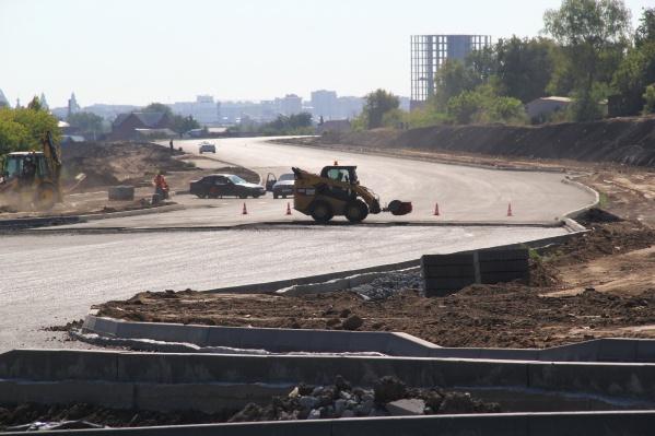 Участки дороги на Перелёта перекрыли в начале сентября