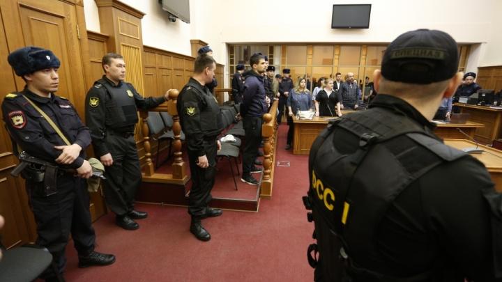 Трех участников массовых беспорядков в копейской колонии отдали под суд