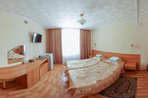 Номер «эконом» в санатории, обильное питание и запрет на выход в коридор — таковы условия жизни постояльцев «Коммунальника»