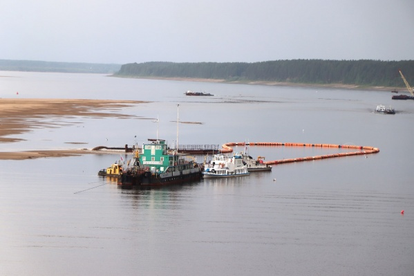 Проектные глубины восстановили у терминала отгрузки «Большая Свага» и в районе пассажирской переправы на Северной Двине<br>