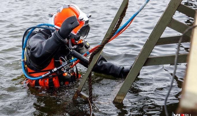 «На берегу остался школьный рюкзак»: в Волгоградской области с водолазами ищут 15-летнего мальчика