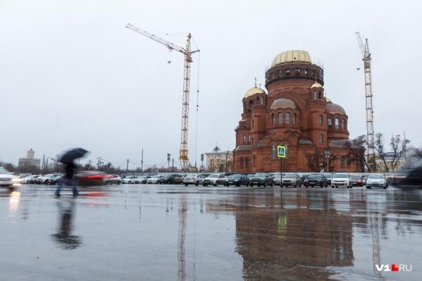 Теперь на площади Павших Борцов разрешено строительство и установка рекламных конструкций