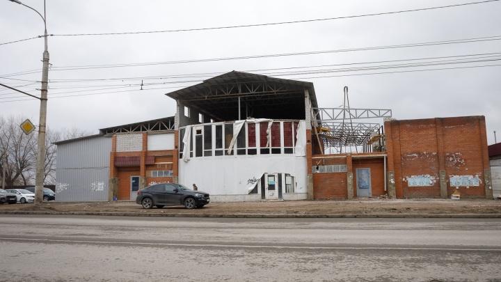 В Волгограде начали восстанавливать сгоревшую «Клеопатру»