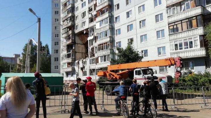 """«Все кричали """"помогите!""""»: жительница квартиры, над которой был взрыв, рассказала, как спаслась"""