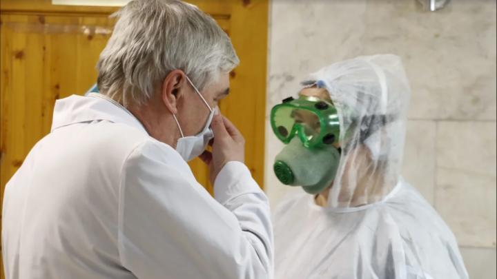 С начала пандемии в Прикамье заразились коронавирусом 75 медработников