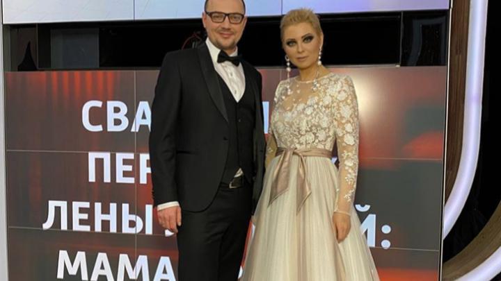 Лена Ленина пришла на шоу к Малахову и рассказала о свадьбе, платье за 10 млн и профессии мужа