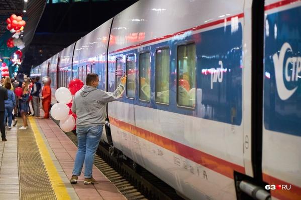 Из Самары в Питер на этом поезде можно доехать за 18 часов