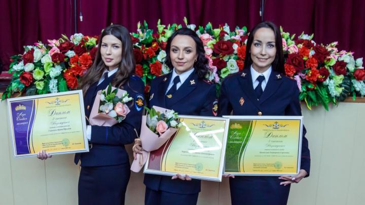 В Омске выбрали самую красивую девушку-полицейского