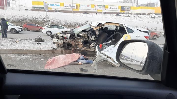 В службе такси прокомментировали смертельное в ДТП на улице Сипайловской в Уфе