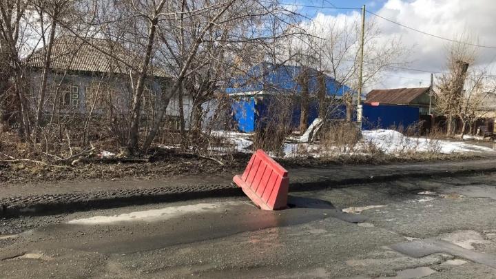 «Пока — авральные методы»: в челябинской мэрии признались в отсутствии проектов по ямочному ремонту