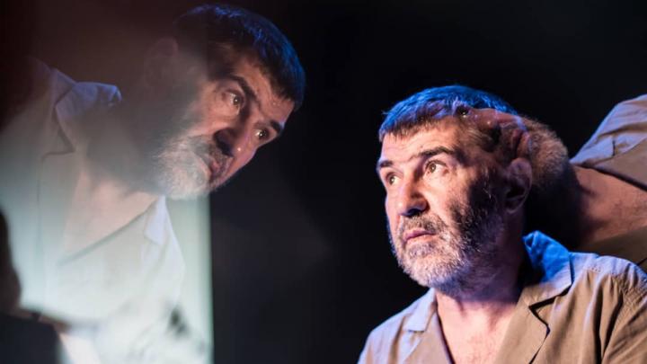 «Постою и подожду вас у входа»: Евгений Гришковец прилетит в Волгоград к своим зрителям