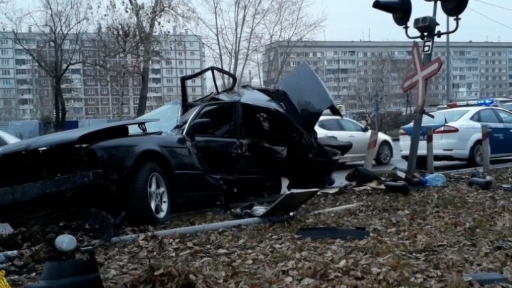 Водителю разорванной о столб BMW на Свердловской вынесли приговор