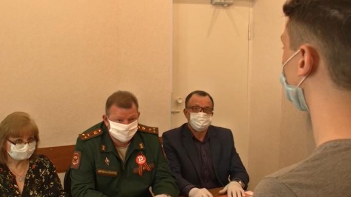 Пандемия службе не помеха: в Самарской области начали работать призывные комиссии
