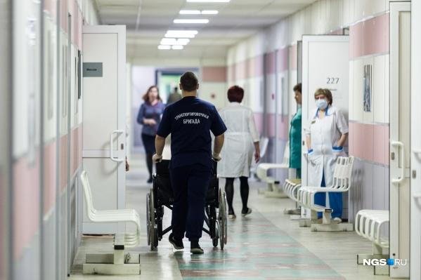 Из пяти новых случаев заражения коронавирусом три отмечены у тех, кто не покидал регион