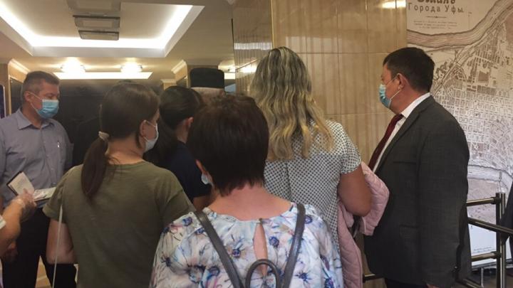 Жильцы дома на Руставели не смогли договориться с мэром Уфы