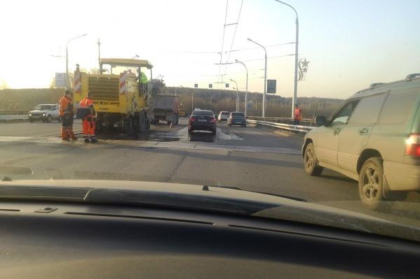 Кузбасский мост в Кемерово ремонтируют каждый год