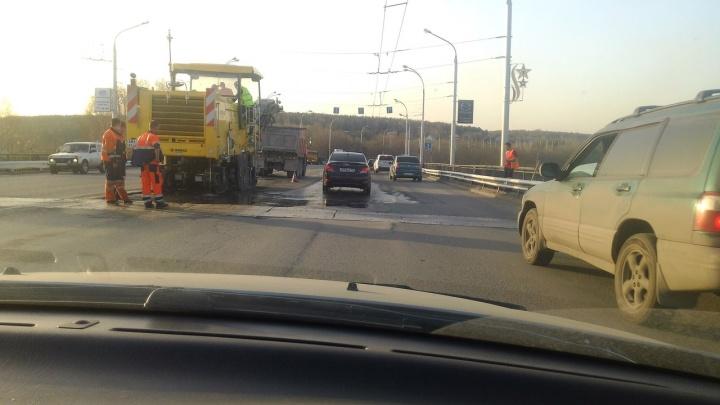 Власти Кемерово снова потратят 2 миллиона на ремонт Кузбасского моста