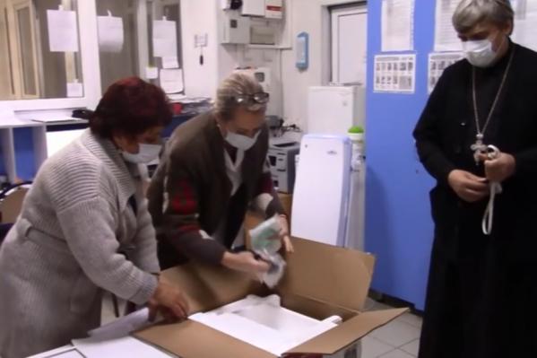 Нехватку кислорода в больнице помогла восполнить РПЦ