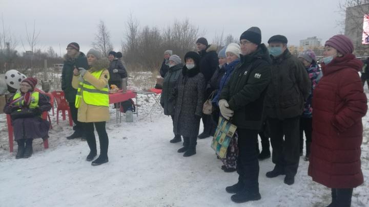 Северодвинцы записали видеообращение к Путину из-за застройки пустыря на берегу озера