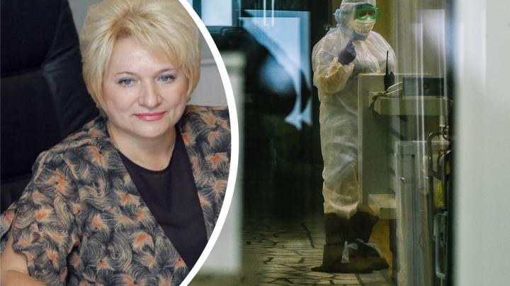 «Была в коме и на ИВЛ»: скончавшуюся в ковидном госпитале экс-министра похоронят в закрытом гробу