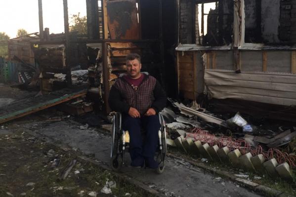 В Тутаевском районе от удара молнии сгорел дом