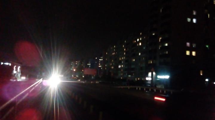 Букв «Соломбала» не видать: на улице Советской в Архангельске погас свет — фотофакт
