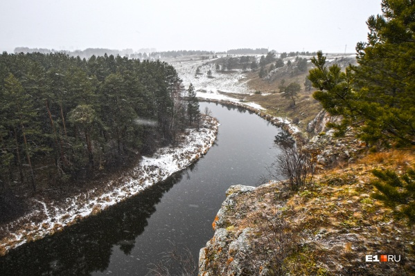 За сутки выпало около четырех сантиметров снега, но в ближайшие дни его станет больше