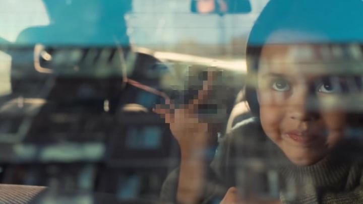 Фак привлек ФАС: тюменского застройщика хотят наказать за скандальный ролик с девочкой