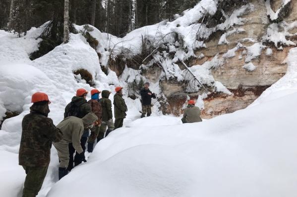 Один из дней столичные гости полностью посвятили изучению ледовых пещер в Пинежском районе