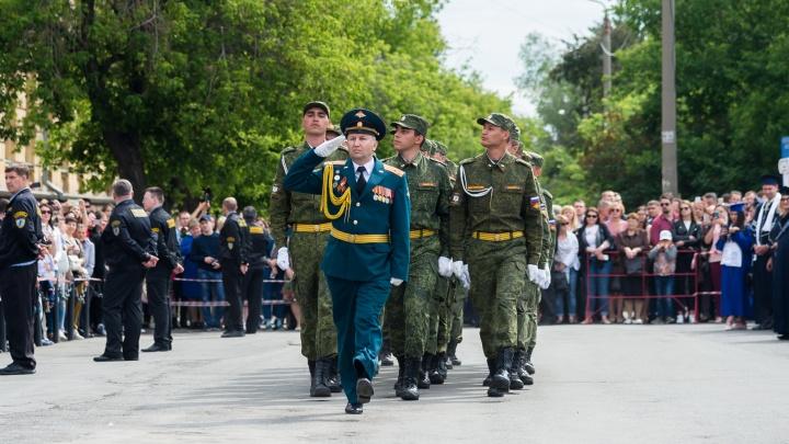 Без службы: студенты ЮУрГУ получат воинское звание и военный билет во время обучения в вузе