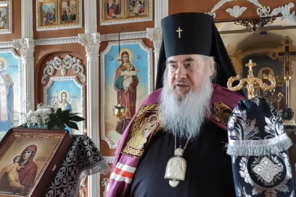 Архиепископ Зосима считает, что не имеет права закрывать храмы