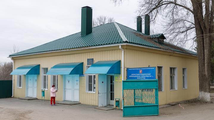 «Одна в боксе с подачей кислорода»: в Волгограде среди заразившихся коронавирусом дети 10 и 14 лет