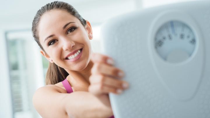 До лета осталось — похудеть: самое время разобраться в ассортименте средств из аптеки