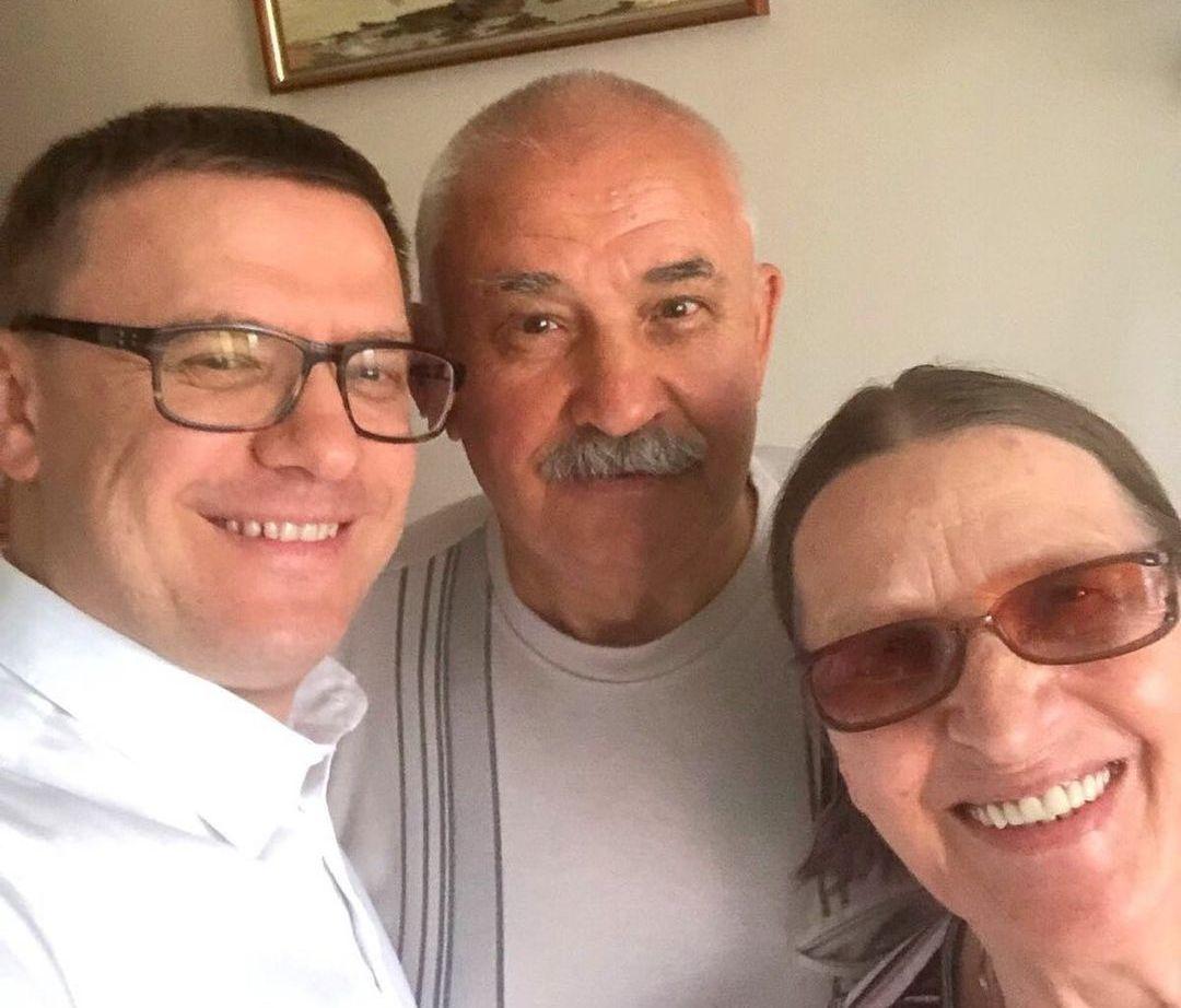 Алексей Текслер с родителями