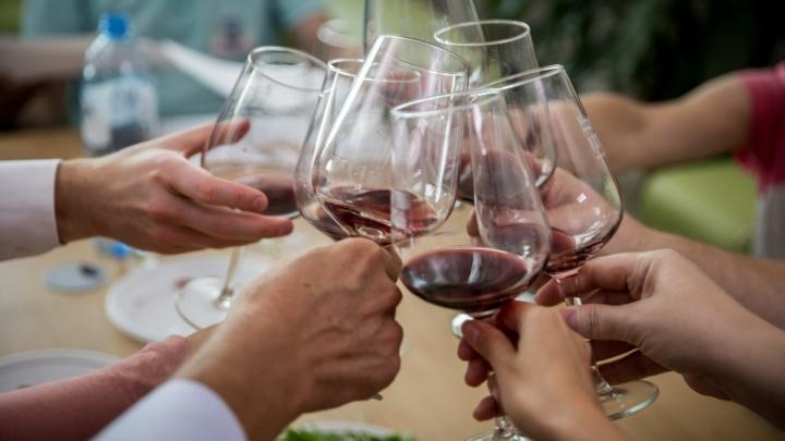 Кемеровостат посчитал, сколько кузбассовцы каждый месяц тратят на алкоголь. Оказалось, не так много