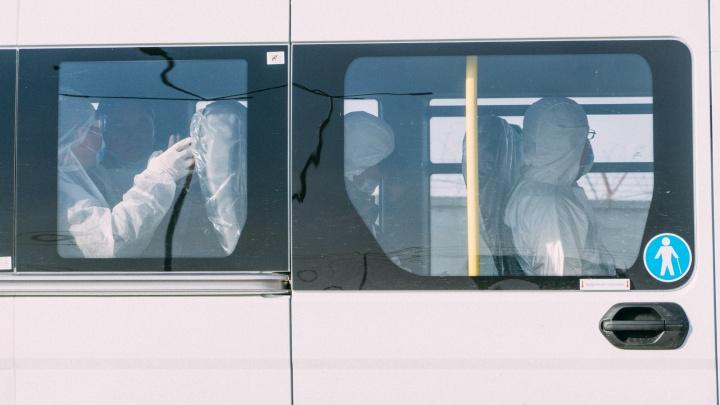 В Омск сегодня прилетели ещё 140 вахтовиков из Якутии