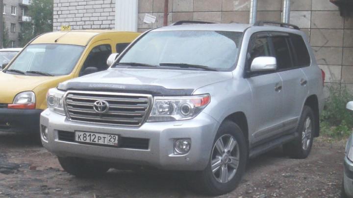Автомобиль, на котором насмерть сбили пенсионерку в Архангельске, участвовал еще в нескольких ДТП