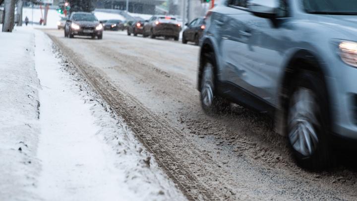Мэрия Новокузнецка потратит больше 22 миллионов на машины мэру и его замам