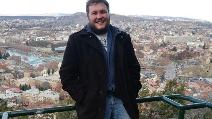 «Обещают забрать из реанимации»: в Волгограде парень с 96% поражения легких пошел на поправку