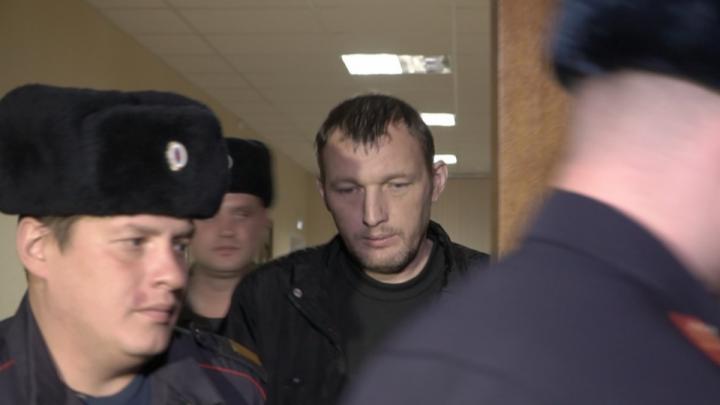 Виктору Пильганову, сбившему школьников на улице Горького, продлили арест