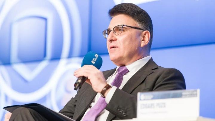 Мишустин снял с должности главу Роскомнадзора Александра Жарова