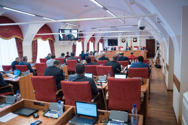 Самый богатый депутат Ярославской областной думы зарабатывает по 208 тысяч рублей в день