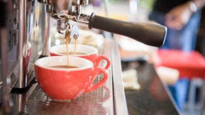 Кофе из профессиональной машины включен в стоимость: уральцев накормят сытным завтраком в «Пан Пицце»