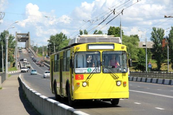 Троллейбус 5-го маршрута в Рыбинске связывал ж/д вокзал, центр города и два крупных спальных района