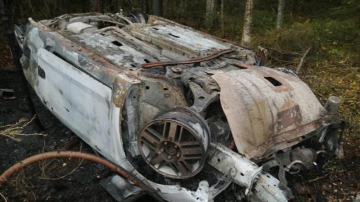 В Вельском районе перевернулся и загорелся Ford с пьяным водителем
