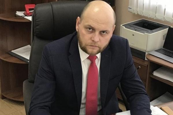 Евгений Жвакин руководил УДИБом в год подготовки города к Универсиаде, потом стал главойдепартамента городского хозяйства, а сейчас снова вернулся в УДИБ