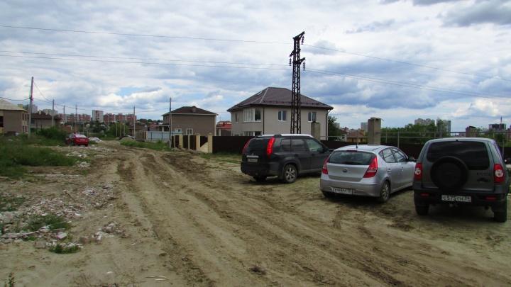 «Мы боимся за себя и детей»: жители улицы Серебряной в Волгограде оказались под обстрелом