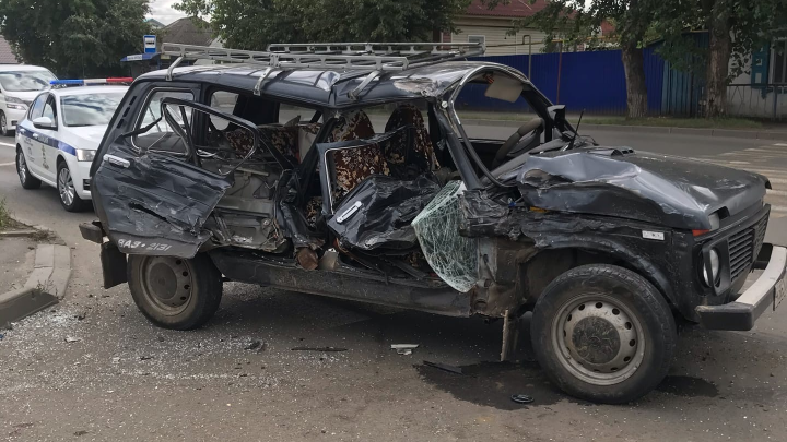 В Кургане в аварии с «Нивой» и ПАЗом пострадала женщина