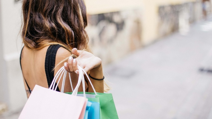 Жителям Красноярска, которые разучились ходить по магазинам, рассказали, как экономить на покупках