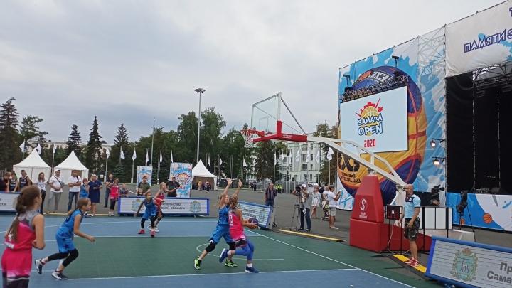 В Самаре стартовал турнир по баскетболу 3х3